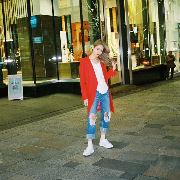 Jacket: TBA / Cut&Sewn: ACNE / Shoes: DRESSEDUNDRESSED × GEORGE COX / Accessory: YORTZ