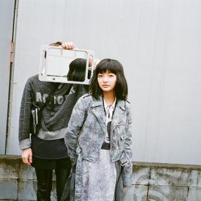 Long MA-1: Uke. / Riders Jacket: ARIKI, Shirt: 603 / Dress: infononymous / Stylist: Takuma Kano / Special thanks: Hiza Kazue